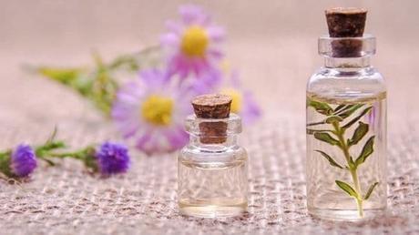 8 huiles essentielles bénéfiques aux entrepreneuses !