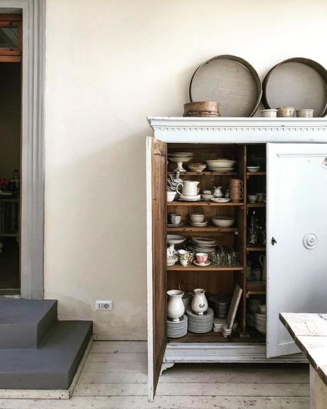 maison style italien rangement cuisine champêtre rustique - blog déco - clem around the corner