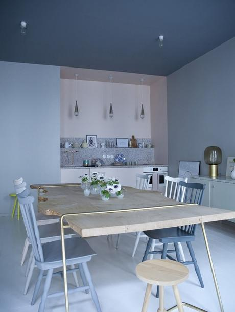 cuisine bleue ambiance douce originale - blog déco - clem around the corner