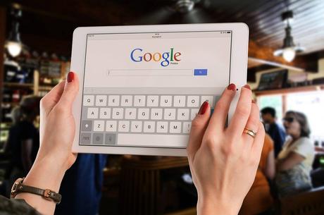Face au succès de l'iPad, Google abandonne les tablettes