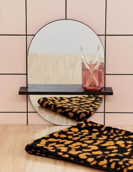 clem around the corner salle de bain miroir oval avec tablette Asos