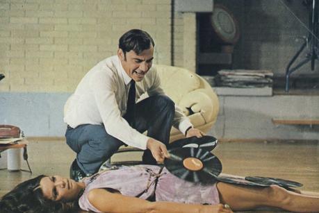 Enquête sur un Citoyen au-dessus de Tout Soupçon (1970) de Elio Petri