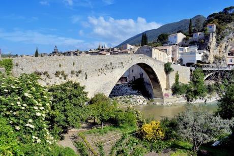 Pont roman de Nyons © French Moments