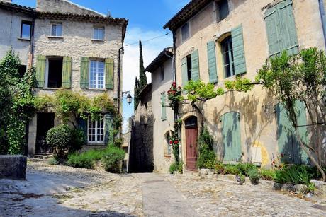 Vaison-la-Romaine © French Moments