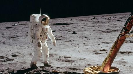 Premiers pas sur la Lune : les bobines oubliées de la NASA mises aux enchères