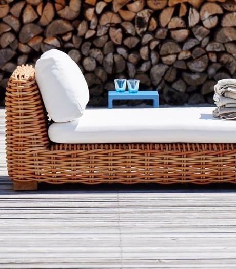 méridienne rotin blanc terrasse jardin bois été vacances - blog déco - clem around the corner