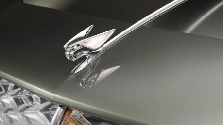 Bentley EXP100GT
