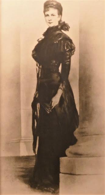 Achilleion (24) Une des belles photographies du musée