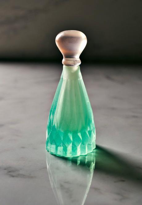 [PACKAGING] : Des emballages de gel douche en savon pour réduire la production de déchets plastiques, c'est l'idée géniale de l'étudiante Mi Zhou