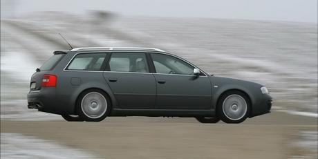 Audi: 25 ans de RS