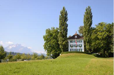 Il y a 150 ans. le 18 juillet 1869 à Tribschen. Judith Gautier se lie d'amitié avec Cosima.
