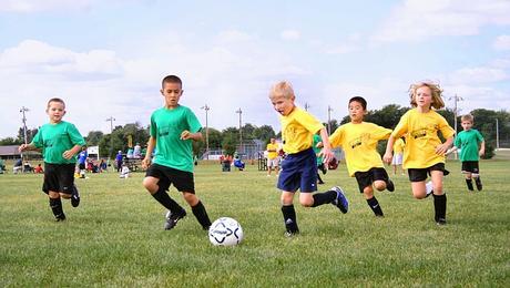 Quelles sont les 3 raisons de pratiquer un sport collectif ?