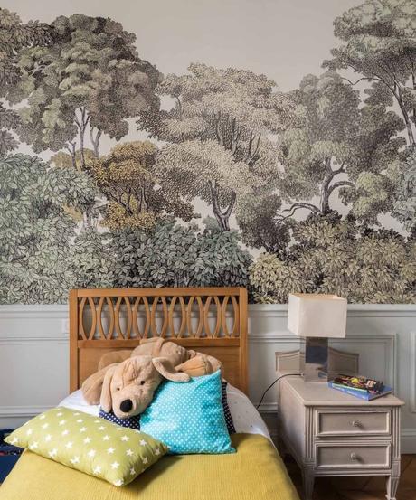 loft haussmannien chambre enfant papier peint vert forêt - blog déco - clem around the corner