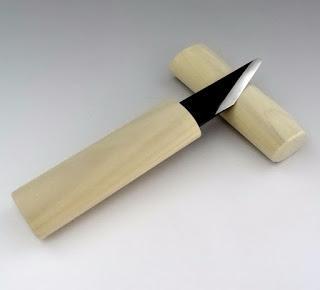 Couteaux japonais pour scrapbooking.