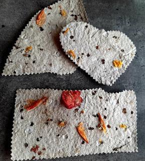 Fabriquer ses propres cartes à graines ou ensemencées