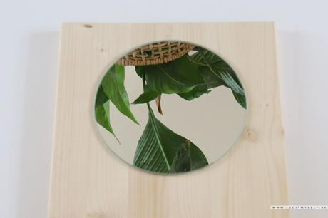 Miroir sur bois reflets