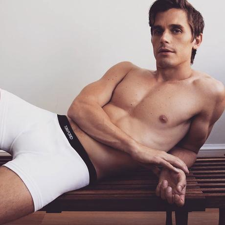 Queer Eye : Antoni se défringue pour une campagne Tom Ford x Neiman Marcus