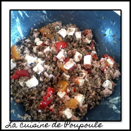 Salade de lentilles, tomates confit, Peperoni et feta