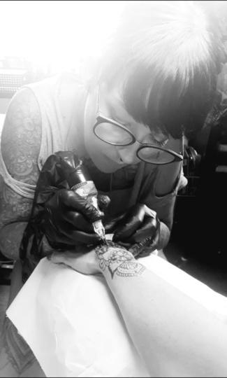 Le tatouage, un phénomène enchanté et ancré? – Trends-Trends: actualités économiques en temps réel.