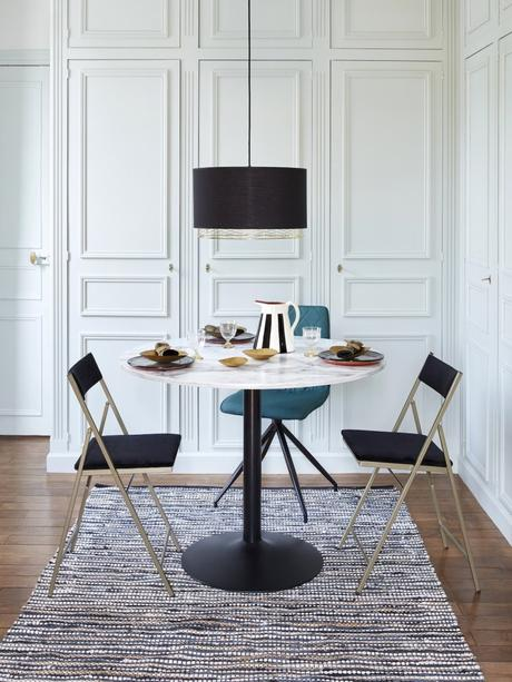 salle à manger table tulip marbre ronde noir art déco chaise pliante design