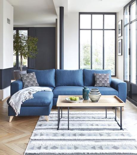 salon style atelier loft verriere canapé bleu canard - blog déco - clem around the corner