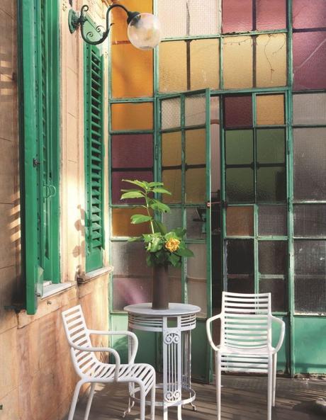 style toscan entrée colorée en vitrail - blog déco - clem around the corner