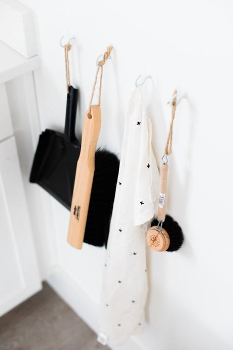 ustensile ménager scandinave bois écolo vintage avis conciergerie airbnb test - blog déco - clem around the corner