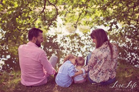 Séance photo bébé famille dans la nature Versailles