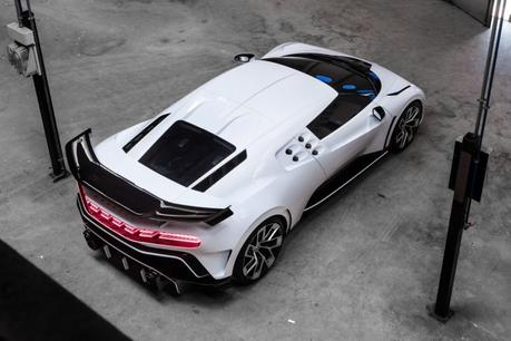 Bugatti Centodieci: pour le 110ème