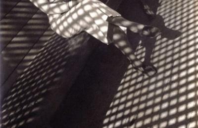 la femme au Leica