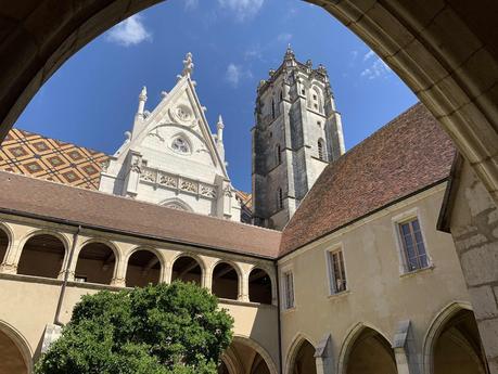 Carte postale du monastère de Brou
