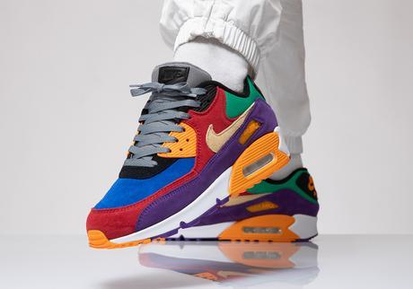 Le véritable coloris Viotech s'installe sur la Nike Air Max 90
