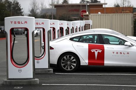 Si vous avez investi 1.000$ dans Tesla en 2010, voici combien vous auriez maintenant
