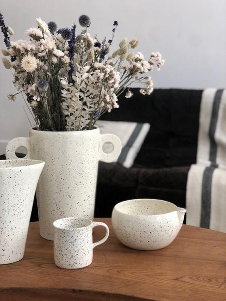 vase pot vaisselle motif terrazzo collaboration polder table basse bois canapé togo noir - blog déco - clemaroundthecorner