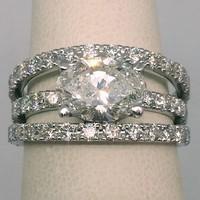 grande bague de fiancailles avec gros diamant