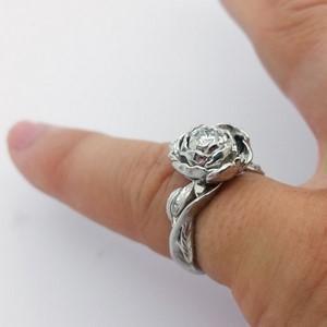 grosse bague fiancailles avec diamant