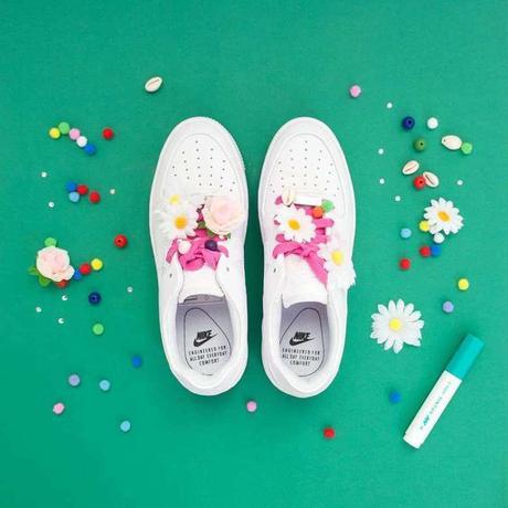 Pâquerettes lacet nike chaussures coquillage perle déco customiser - blog déco - clemaroundthecorner