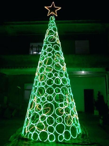 big christmas lights big christmas light fight