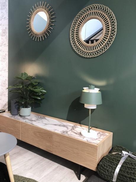 salon mur vert olive décoration intérieur salon maison et objet septembre 2019