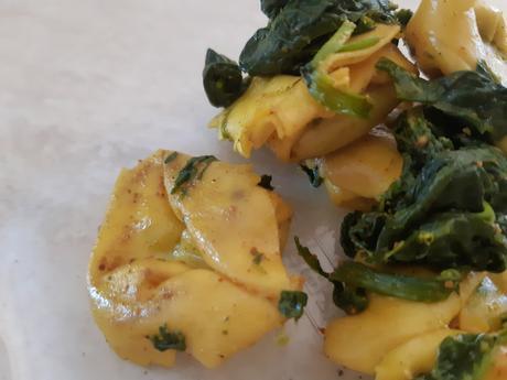 Tortellinis aux épinards et curry