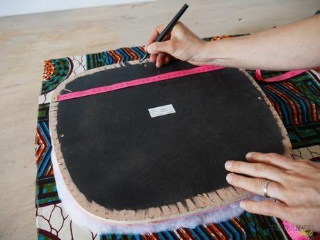 DIY chaise coussin assemblage tissus wax - blog déco - clem around the corner