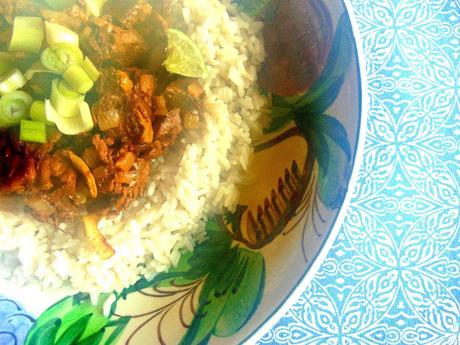 Riz et jackfruit thaï