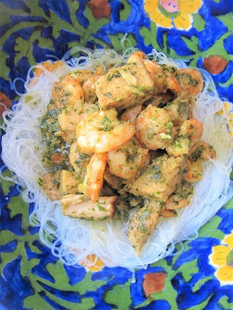 Porc caramélisé & crevettes au vermicelle de soja