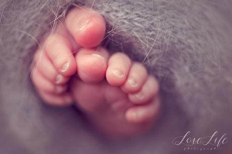 Séance photo bébé nouveau-né à domicile Puteaux