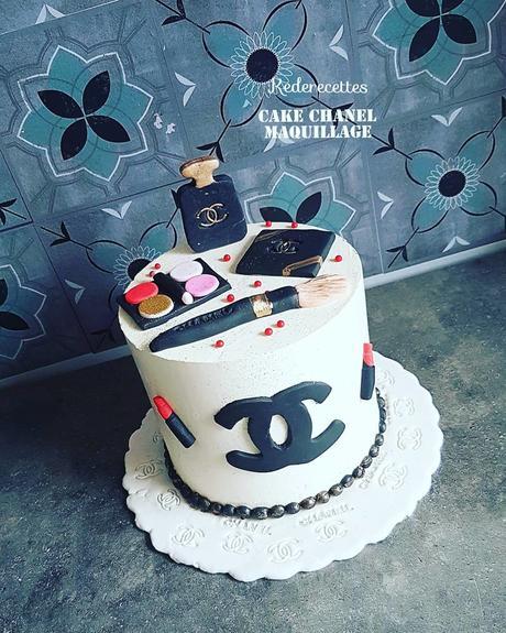 Gâteau Chanel maquillage