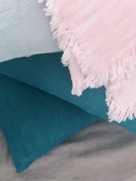 coloris lin lavé drap housse harmony plaid couleur poudre bleu céladon - blog déco - clem around the corner