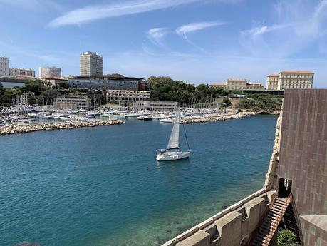 Carte postale Marseille entre Vieux Port et Mucem #Marseille