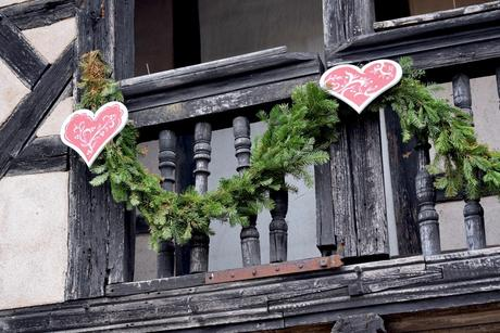 Balcon décoré à l'Écomusée d'Alsace © French Moments