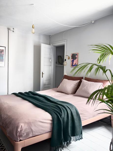 chambre rose et verte pastel blanc suspension design - blog déco - clem around the corner