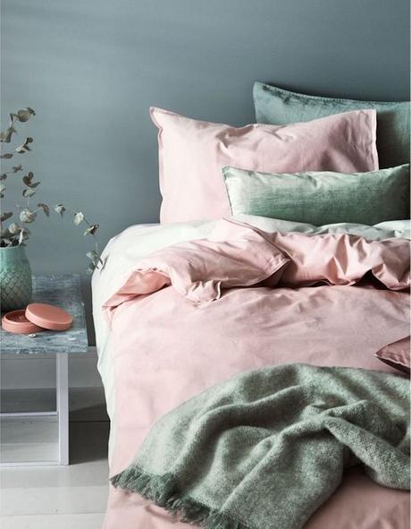 chambre rose et verte teintes pastel pour une chambre cocooning - blog déco - clem around the corner